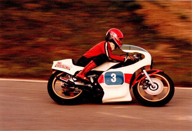 1982-05-01-02 Knutstorp RRKV Klubm. img1. Sæsonen blev indledt på ny Yamaha.