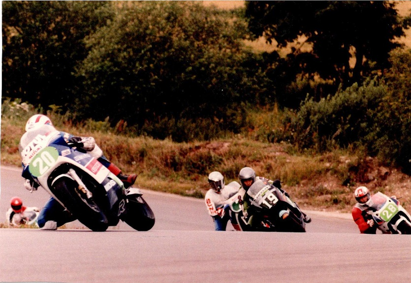 1987-08 RD Int. Supercup. Finn med nr. 19 dækker for 2 Lars Kim Jensen. 20 Rene Rasmussen, 28 Lars Rønne.