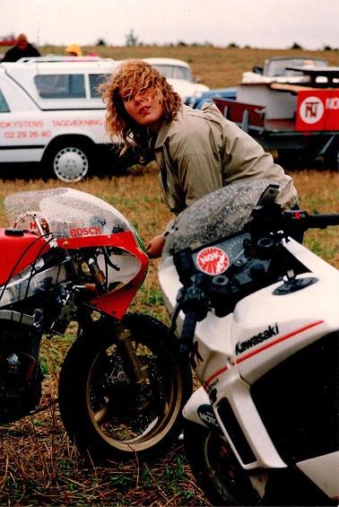 1988-09 Helsinge img9. Kathrine Kroon som mekaniker.
