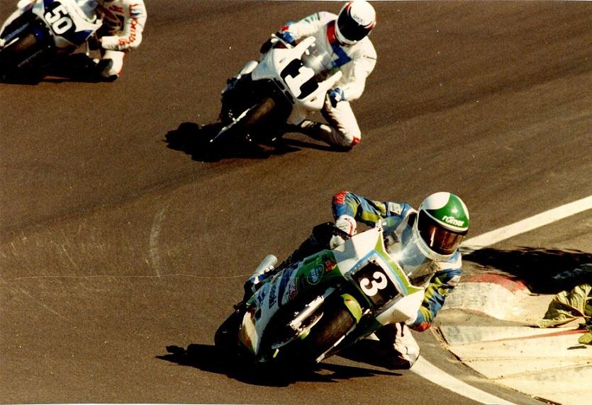 Finn foran sine to hårde konkurrenter i 1990, 50 Rene Rasmussen og 1 John Keis.