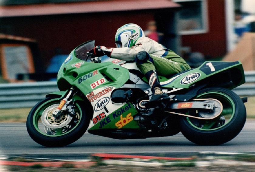 1992 Finn på sin skrappe FII cykel.