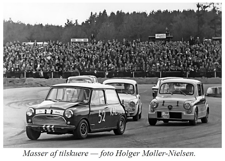Holger Møller Nielsen tog dette billede fra åbningsløbet, der trak masser af tilskuere.
