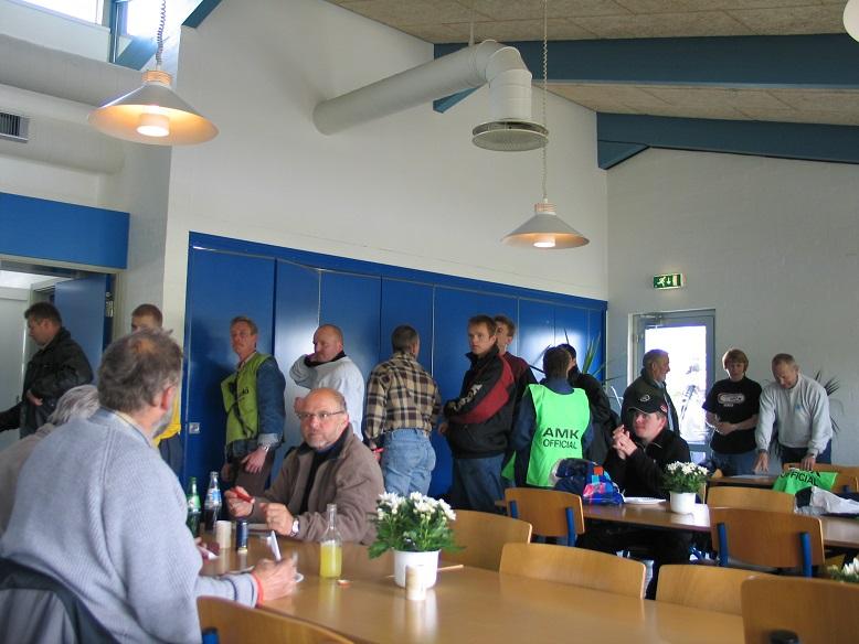 Fine forhold dette år til officialsbespisning i Jyllands-Ringens cafeteria. Img1