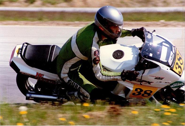 Finn Villadsen kørte den store NM klasse 500/750cc.