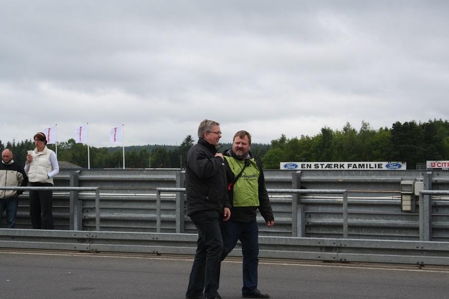Knud Møller og Kaj i et afslappet øjeblik.