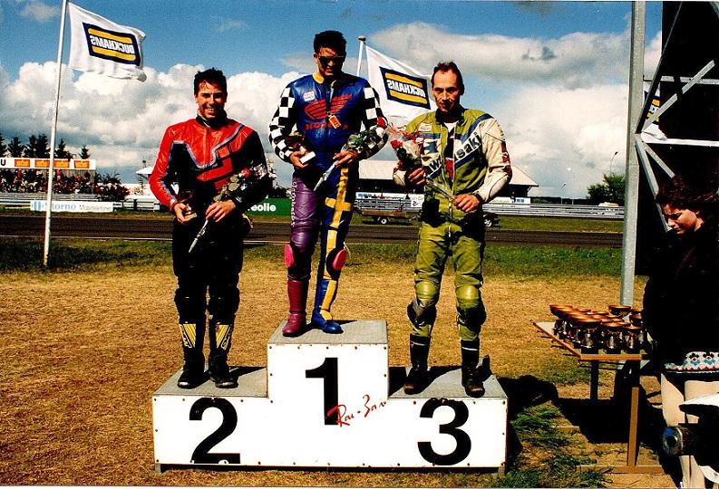 - men i søndagens løb var det svenskeren Kristian Hasselmark, der sejrede foran Claus M. Nielsen og Finn.