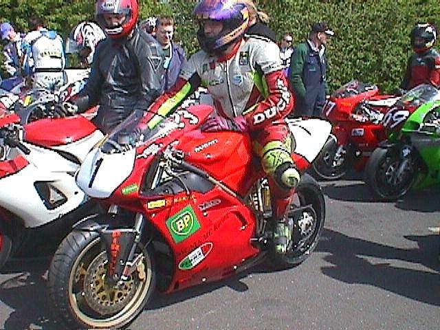 Ole Madsen på Ducati.