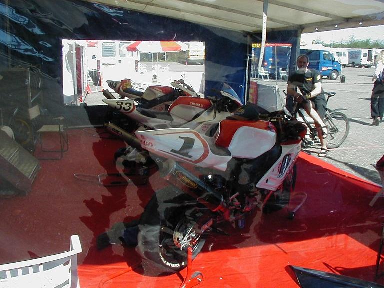Et kik i teltet hos Rene Prang 1 og Ulrik Nielsen.