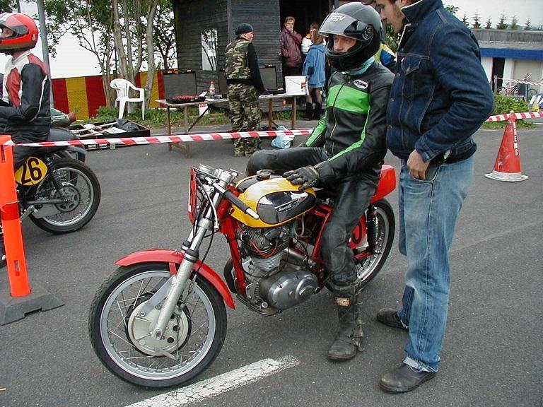 En Ducati kørt af Torben Nielsen.