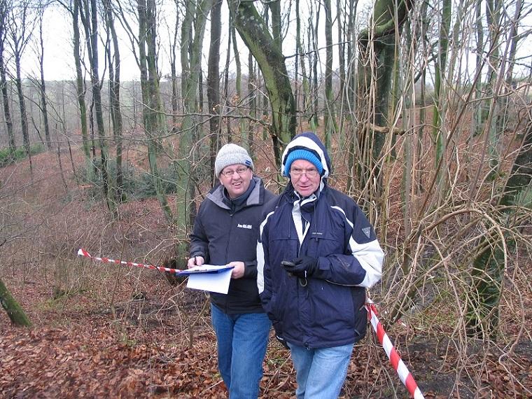 Carls Nissetrial 2004. Knud Møller og jeg har i mange år stået for start og resultatberegning.