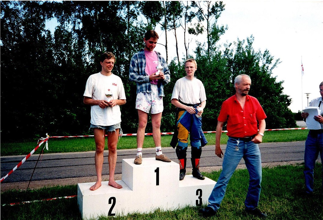 Gert th var med ved præmieuddelingen ved deb. kursus arrangementet på Ring Djursland juni 1996