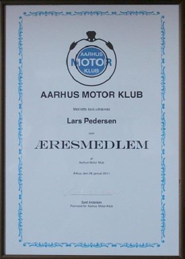 I 2011 havde jeg været medlem af AMK i 50 år og fik dette diplom overrakt på Generalforsamlingen i januar.