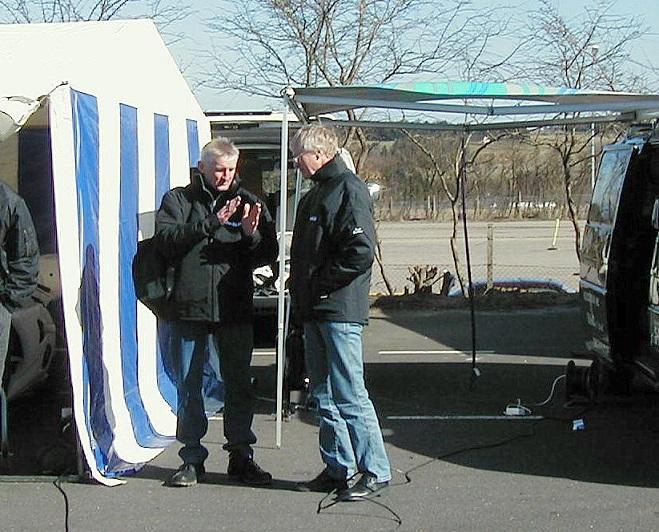 Det første Challenge-løb på Jyllands-Ringen 2003. Jeg får en snak med Krause.