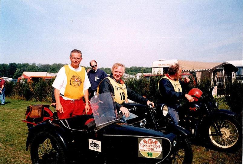 Egeskovløbet 1996, hvor jeg havde John Williams med i sidevognen.