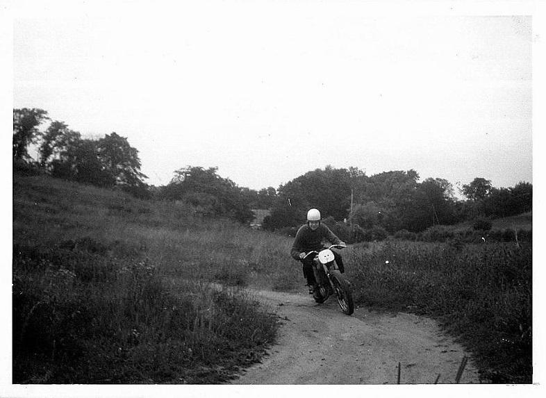 Ny Mølle juni 1961. Min første cykel var en Puch 150cc.