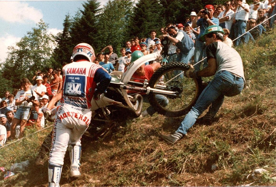 Søren deltog i et bakkeløb i Frankrig 1986, hvor det gjaldt om at komme længst op af en 60 gr. stejl bakke. Søren klarede en 3. plads med 232m. Hakon Carlqvist vandt  med 242m.
