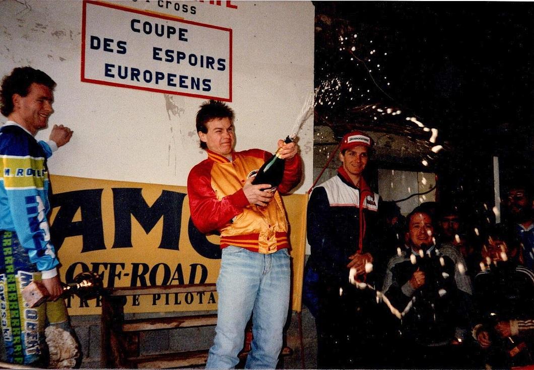 Sejrspodiet i et løb i Frankrig 1986. Fra venstre Kurt Nicoll, Jeff Nilsson og Søren.