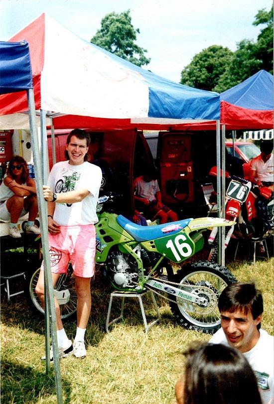 Søren havde Bo Rasmussen her med som mekaniker i 1990. Unadilly Valley, USA.