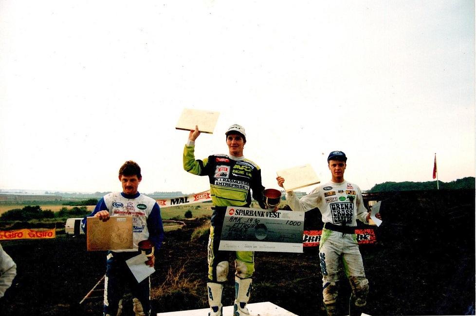 Også sejr ved Speed-cross på Vester Eng. Kim Kjær tv, Morten Kristiansen th.