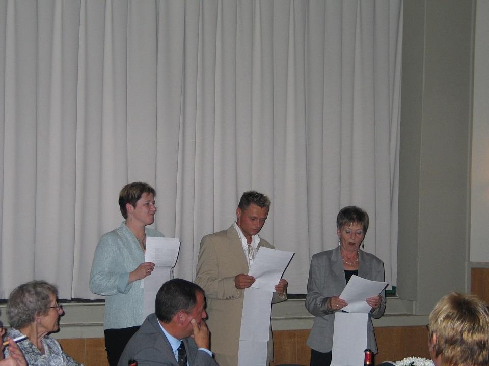 Heidi, Heine og fru Jette gav Bent et par ord med på vejen.