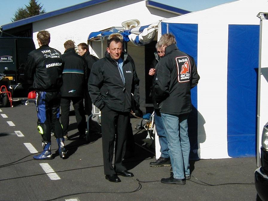 Jyllands-Ringen april 2003. Bent var med, da der blev holdt pressedag forud for introduktionen  af Den Blå Avis Challenge-Serien.