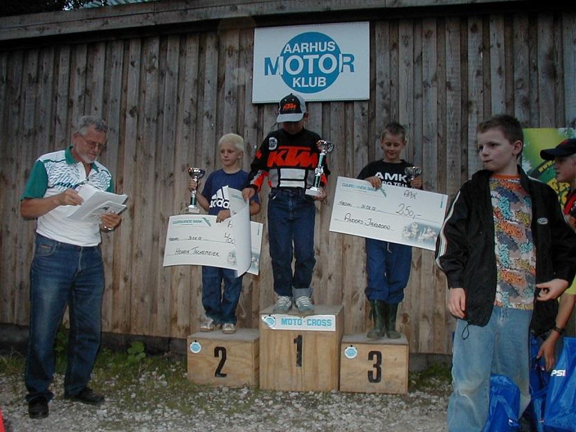 Præmieuddeling Festugecross Vester Eng 2001.