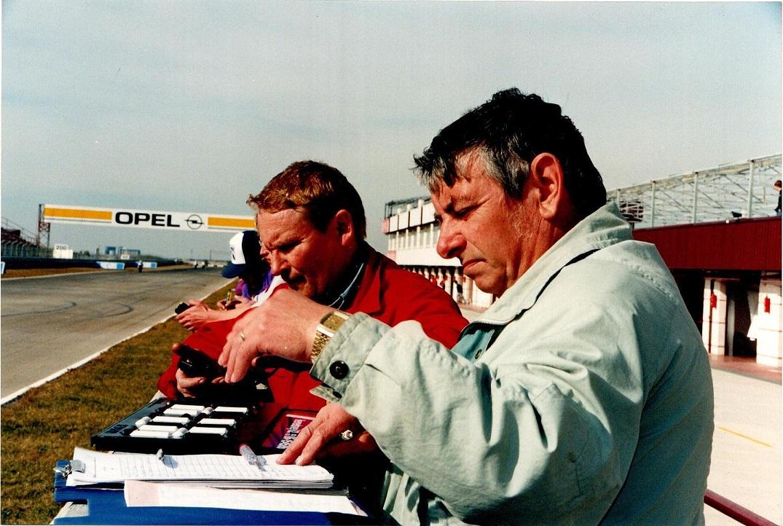 Service og Alex holder øje med Ulrik på en af de utallige udlandsture. Her omkring 1997.