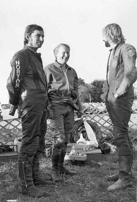 """DM Nykøbing Falster 1975. Service, Alex Hasager og Gert """"Hug""""."""