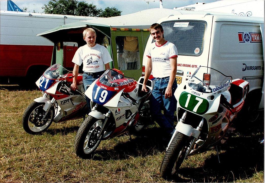 Jyllands-Ringens Grand Prix aug. 90. Paul kørte TZR 250cc og Anders Rasmussen den nye FZR400 og FZR750.