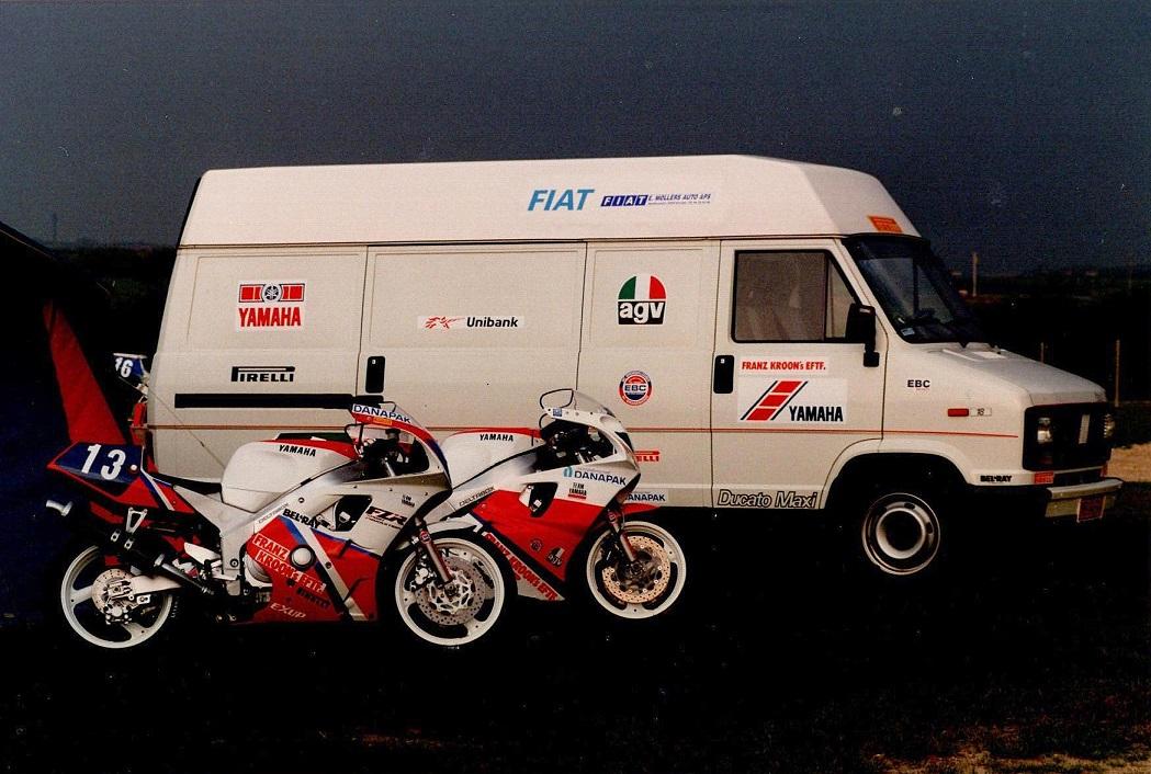 Anders Rasmussen kørte både i Superstreet og Supersport. Her er cyklerne klar.