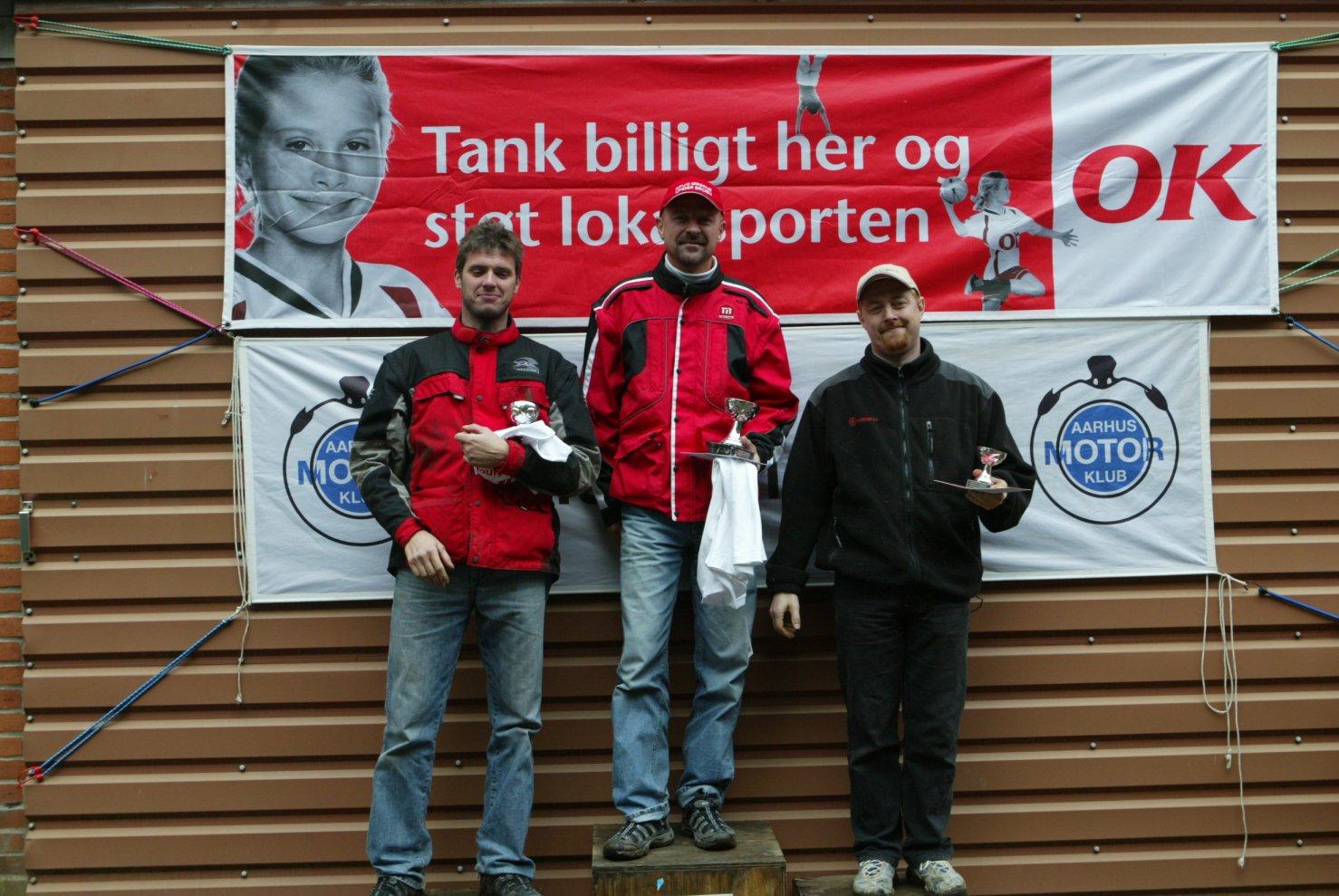 Podiet i Elite. Thomas P.,Jan Jørgensen og Jesper Antonsen.