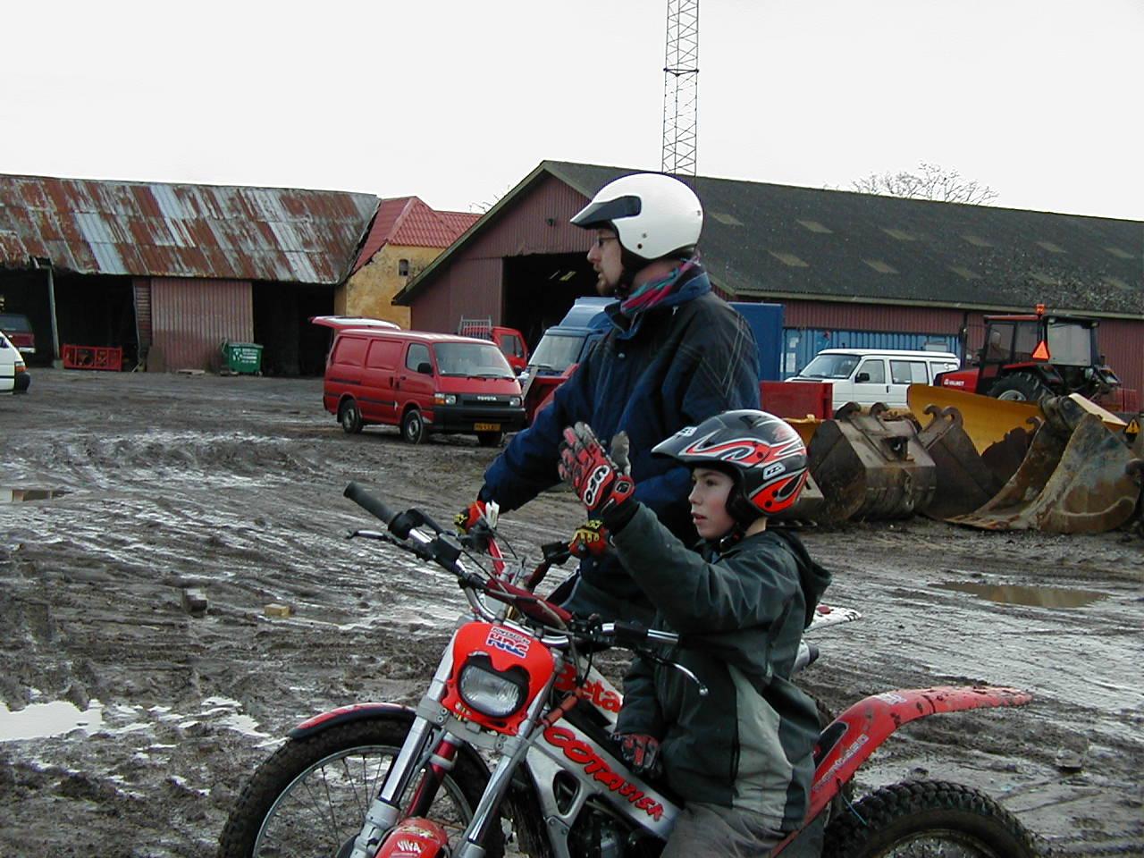 Gregers Pedersen med Peter Jørgensen bagved